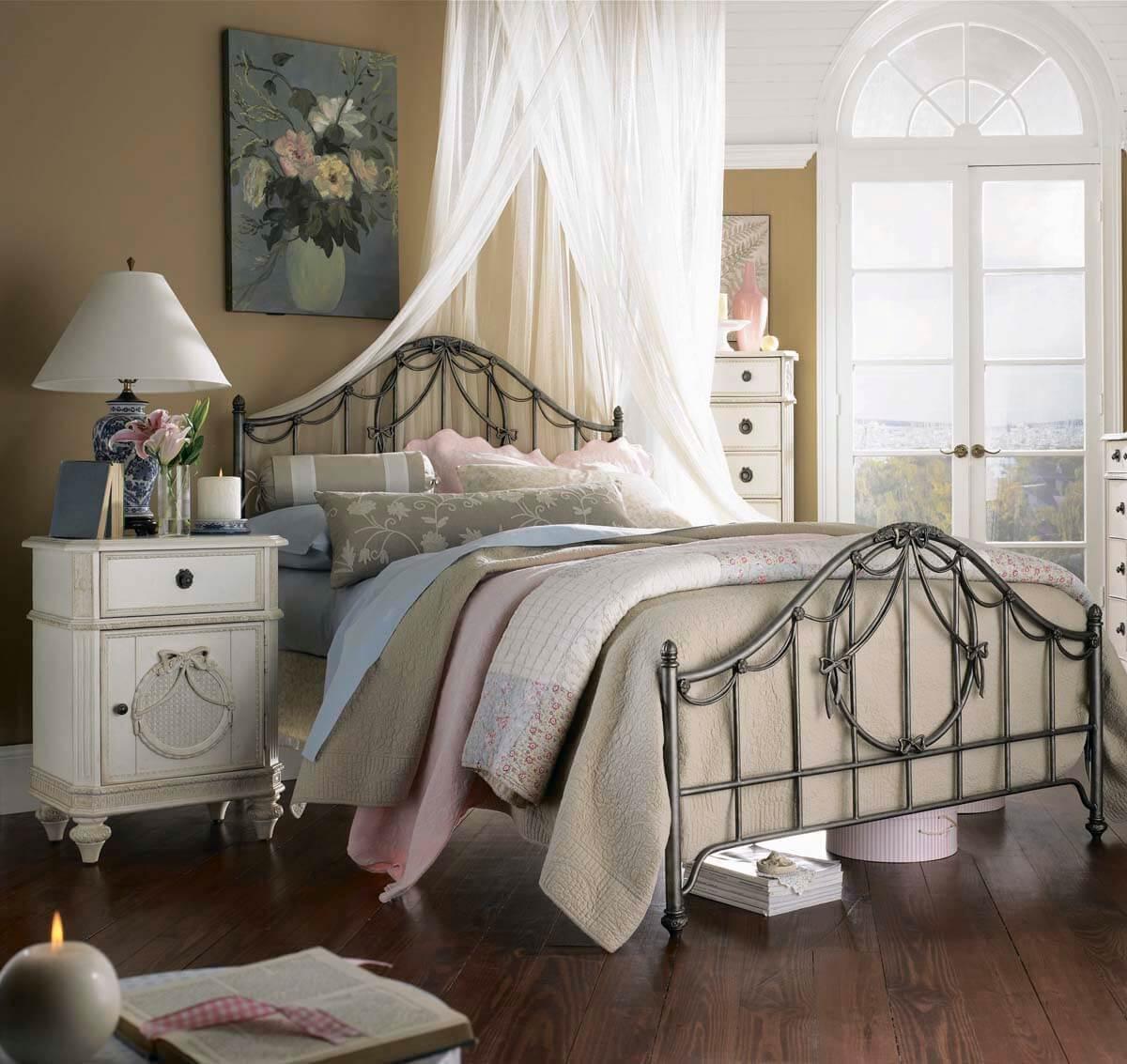 Vintage Bed Rooms 24