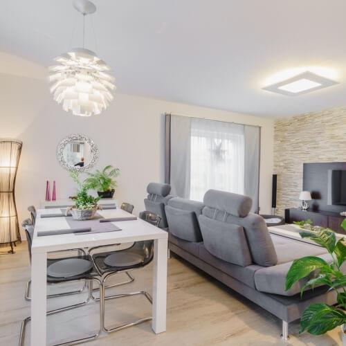 Rekonstrukce obývacího pokoje s kuchyni a jídelnou