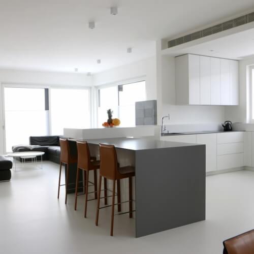 Luxusní obývací pokoj s kuchyní a jídelnou