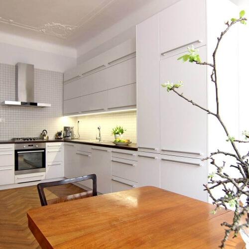 Rekonstrukce a interiér bytu na Letné