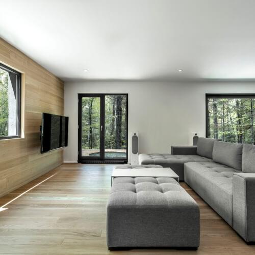Moderní architektura integrovaná do přirozeného prostředí