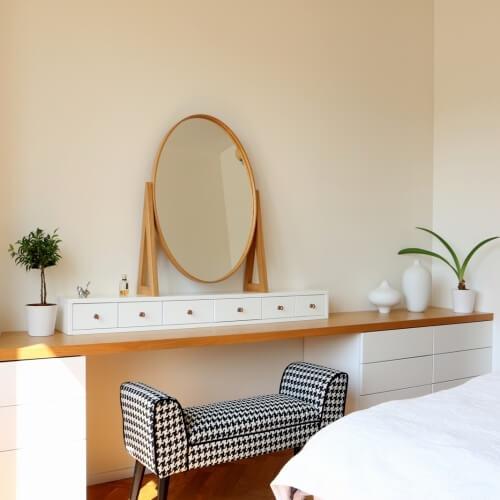 Citlivě zrekonstruovaný a zařízený byt v pražských Dejvicích